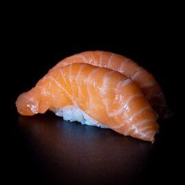 nigiri salmon